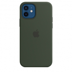 Apple iPhone 12/12 Pro Silicone Case with MagSafe